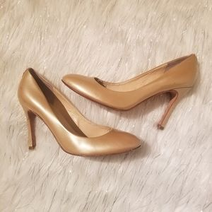 Ivanka Trump Stiletto beige Heel Shoes pumps 8.5